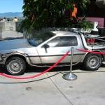 バック・トゥ・ザ・フューチャーの車、デロリアンが買える?どこのメーカーが出すの?